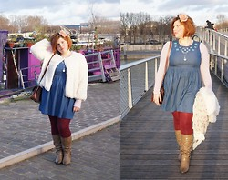 Ninaah Bulles - Jaqueline Riu Fluffy Cardigan, Dorothy Perkins Blue Jean Dresse, Asos Bordeau, New Look Boots, Primark Top - Be My Valentine, #frenchcurves