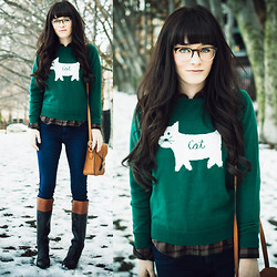 Rachel-Marie Iwanyszyn - Romwe Sweater, Thrifted Boots, Warby Parker Glasses - CAT.