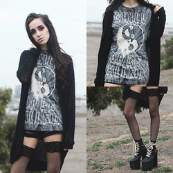 Linabugz . - Drop Dead Clothing Chill Or Be Killed, Unif Salem - Chill or be Killed