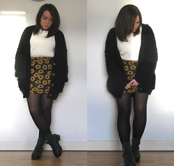 Ria-Louise Brown - Primark Black Cardigan, Primark White Sweater, Urban Outfitters Sunflower Print Skirt, Divided Green Socks, Ark Chunky Sandals - Sunflowers & Sandals
