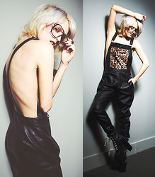 Rachel Lynch - Zerouv Terry Richardson Glasses, Dahlia Wolf Bad Kitty Overalls, Unif Platform - Safe in your skin / /