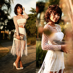 Alana Ruas - Vintage Crochet Top, Koogul Fringe Skirt, Schutz White Shoes - Just White