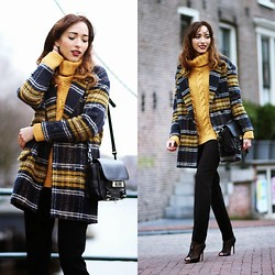 Virgit Canaz - Choies Plaid Coat, Mango Trousers, Sacha Heels, Proenza Schouler Bag - Statements
