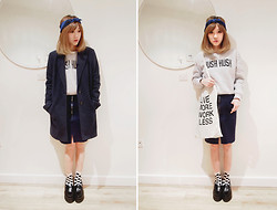 Jeanette T - Sweatshirt, Topman Tote Bag, Navy Skirt With Zip And Pockets, Jw Anderson Loafer Creeper - Full of words