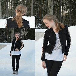 Sanni A -  - White snow and red lips!