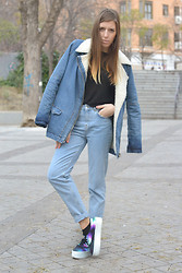 Nat @unmatchafrappe - Pull & Bear Coat, Pull & Bear Jeans High Waist, Zara Creepers Double Sole - Denimondenim
