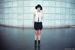 Arissa .H - Zara Skorts, Cameo The Label Cave Top, Ann Demeulemeester Boots - Concrete Jungle