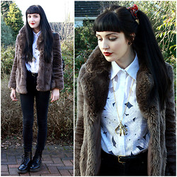 Kayleigh B - Floral White Shirt, Aloha Helsinki Claw Necklace, Topshop Fake Fur Coat - Nothing Else Matters
