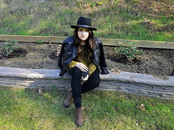 Allysa Stone - H&M Jacket, Unif Sweater, Zara Pants, Vagabond Boots - When I'm not being honest