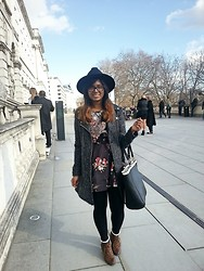 Tasnim H. - Boohoo Hat,, Statement Necklace, New Look Coat,, Vintage Skirt, Usc Boots - London Fashion Weekend