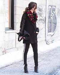 Gabrielle Lacasse - Jjlouis Plaid Scarf, Choies Leather Coat, Forever 21 Sporty Pants, Boohoo Booties, Bcbg Leather Bag, Romwe Eye Sweater - Black and Plaid