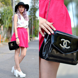 Fleur Chelsea - Asos Floppy Hat, Chanel Bag, Chic Wish Shoes, House Of Holland Nails - Out and about