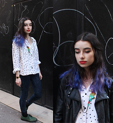 Cécile D. - Vintage Polka Dots Shirt, Lobster Parrot Necklace - What Katie Did