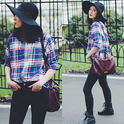 Irina T. - H&M Hat, Urban Outfitters Shirt, Bimba Y Lola Bag, Asos Jeans, Vagabond Combat Boots - Lazy Monday