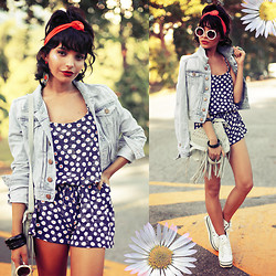 Alana Ruas - The Stage Walk Daisies Romper, H&M Jacket, American Apparel Headband - Daisies.