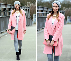 Sabrina K. - Oasap Pink Coat, Primark Clutch, Primark Necklace - I didn't let you go, you left!