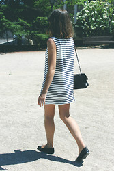 Trini Gonzalez - Wood Striped Dress, Chanel Handbag, Chanel Flats - Summer 2013
