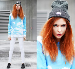 Ebba Zingmark - Breaking Rocks Sweater, Develop Clothing Beanie, Nike Sneakers, Wildfox Couture Pants - The sky is grey but my mind is blue