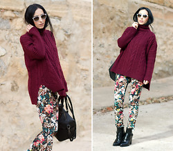 WOWS . - Choies Knitted Turtleneck, Choies Neoprene Pants - Floral Neoprene Pants and Burgundy Turtleneck