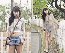 Dominique Marie Tiu - Topshop Lace Top, Topshop Denim Shorts, Camel Booties, Chloé Brown Bag - Time Travel