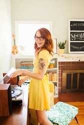 Katy Robinson - Vintage - Sunshine Yellow