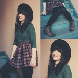 Jocelyn Jacobson - American Apparel Plaid Circle Skirt, H&M Wool Sweater - Sweaters are better