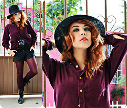 Elsa Lucía Flores - Witchery Two Tone Trilby, Santory Black Pocket Shorts, Comme Des Garçons Velvet Pantyhose Fashion Slim Hemp Type Grain Pattern Stockings, Frontrowshop High Top Lace Up Martin Boots - Miss Murder