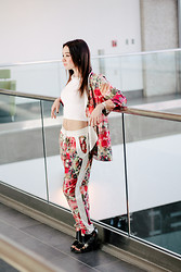 Ashley Kilback - Gentle Fawn Floral Blazer, Gentle Fawn Floral Jogging Pant, Nasty Gal Booties - Flower Power