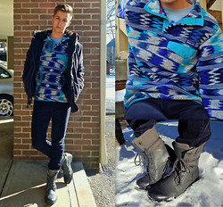 Jordan Pordash - Patagonia Lightweight Synchilla Snap T, H&M Navy Corduroy, J75 Jump Trooper 3 Boots, Abercrombie & Fitch Adirondack Jacket - Pawn Shop Blues