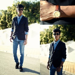 El miliani Simo - Levi's® Shirts, Zara Vests, Levi's® Pants, H&M Boots, Ray Ban Glasses, Police Watches - Bright Day