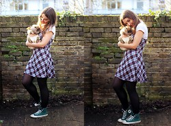 Daisy A - Converse Green High Top, New Look Checked Print Strappy Dress, Topshop Off White Crop Top - Bunny.