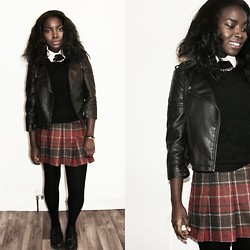 Grandy & Grats K. -  - School girl chic?
