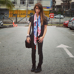Adam Mitch - Dr. Martens Black Leather Boots, Adidas Bag - Cool Scarf