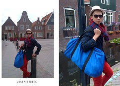 Jiseph Hakim -  - Red blue are the Dutch flag, and the white one is our heart