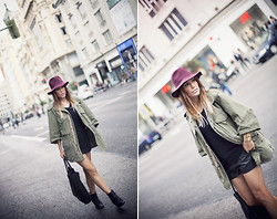 Barbara Crespo - C&A Hat, Yellow And Stone Military Coat, Marc By Jacobs Shopping Bag, C&A Shorts, C&A Sweater, Hakei Booties, Mifabula Star Bracelet - Bordeaux hat
