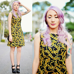 Fleur Chelsea - Kristines Collection Dress, Nasty Gal Shoes - Sing me to sleep