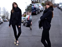 Lizzy Hadfield - All Saints Jeans, Kenzo Loafers - Casual All Black