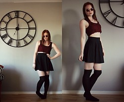 Sara Andersson - H&M Cirkle Skirt, Dresslink Over The Knee Socks - What's the time?