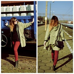 Sylka M - H&M Jacket, Sh Pants, Sinsay Bag - Jacket