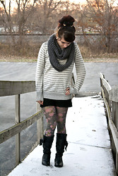 Emily Perkovich - Old Navy Honeycomb Infinity Scarf, Old Navy Button Shoulder Boatneck Sweater, Wet Seal Lace Shorts, Forever 21 Floral Print Tights, Charlotte Russe Bow Tie Slouchy Boot, Forever 21 Gold Metal Tip Bow - 11132013