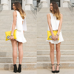 Madeline Becker - Pow Bag, Bcbg Black Strap Wedges, Bcbg Spring Dress - POW!