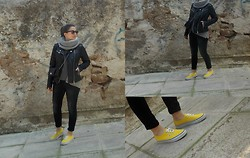 Maria Kabardi - Vans Shoes - Gray and black layering