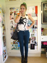 Georgie . - New Look Jeans, Unbranded Top, Office Shoes, Primark Bag, Primark Necklace - Our Velocity