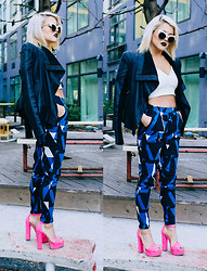 Rachel Lynch - Nasty Gal White Shades, Bcbg Black Leather Jacket, Nasty Gal Blue Shape Pants, Daily Look Pink Heels - Black and blonde