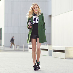 MERI WILD ♥ - Persun Tshirt, Adidas Originals, Zara Coat - Stories from The City