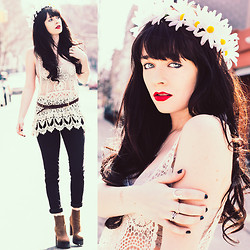 Rachel-Marie Iwanyszyn - Crochet Top, Black Skinny Jeans, Studded Belt, Lace Bralette, Jeffrey Campbell Boots - EVERYTHING UNDER THE SUN.