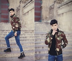Ayoub Mani - More Outfit Detail On - Camoflag