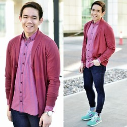 Lo Pascual ⚓ - Jules Cardigan, Pull & Bear Shirt, New Balance Shoes - What it Takes to Wear Pink