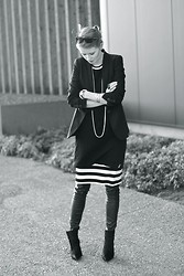 Jade Eve - Zara Shoes, Vintage Dresses, Zara Blazer - Black, simple, classy
