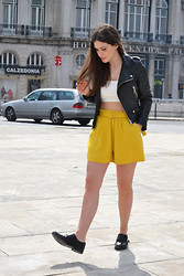Filipa Gameiro - Zara Shorts, Zara Top, Zara Jacket - Welcoming Spring.